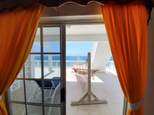 dive vacation package rates for an oceanfront room